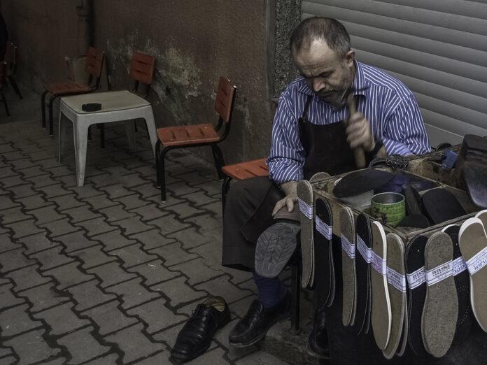 Shoe Repairer Job Description